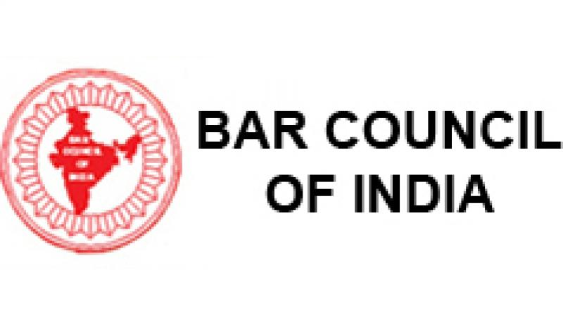 Apex Court asks BCI to take action against advocates indulged into filing of fake claims under MACT