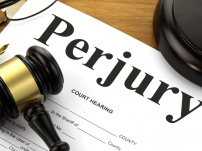 Consideration of complaints with regard to offence of perjury cannot be deferred or delayed: Karnataka HC